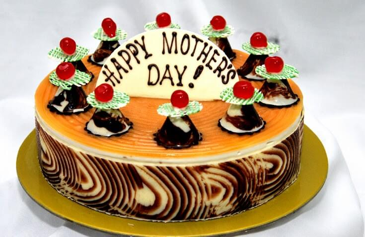 Cheesy Apple Mother's Day Cake