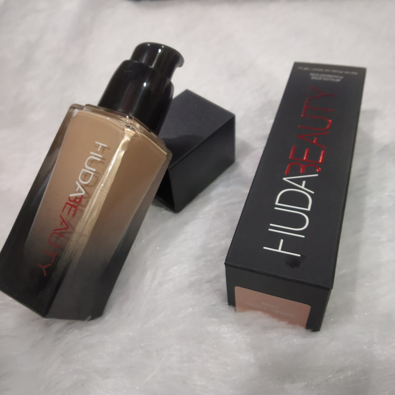 Huda Beauty Foundation High Quality