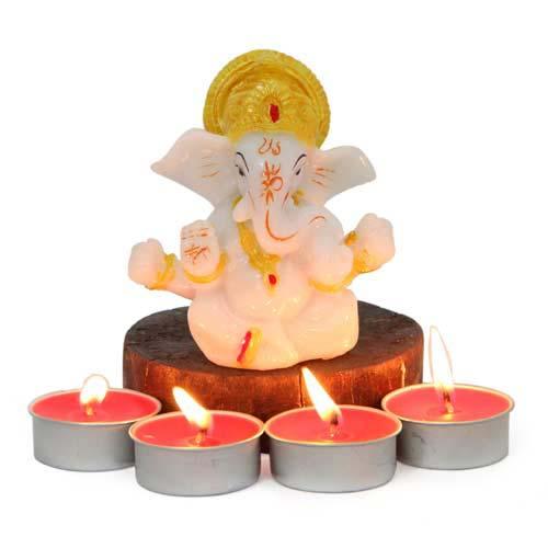 Diyas N Ganesh Idol