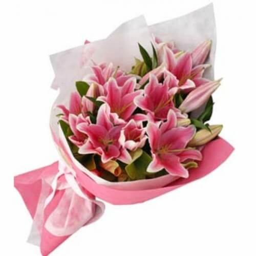Pink-Lilly-Bouquet