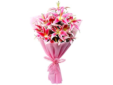 Pink-Lilly-with-Pink-Wrapping