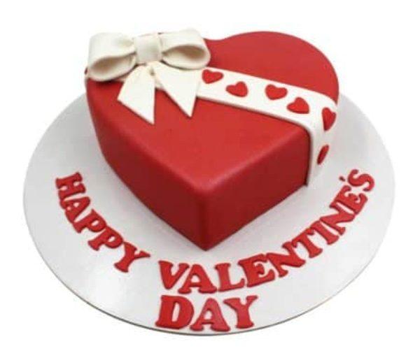 Valentines day Fondant Ribbon Cake