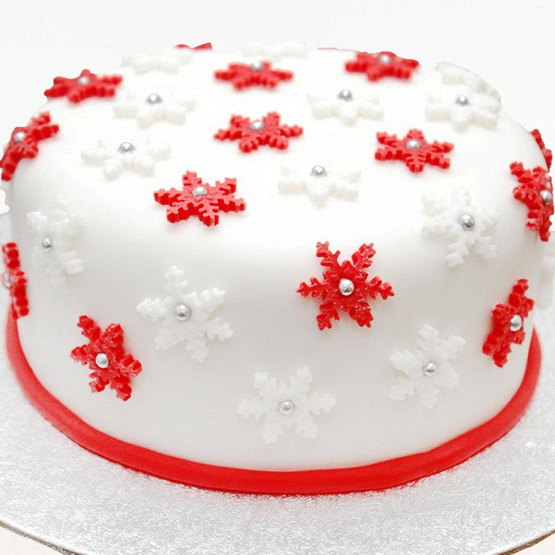 Euphoria Christmas Cake
