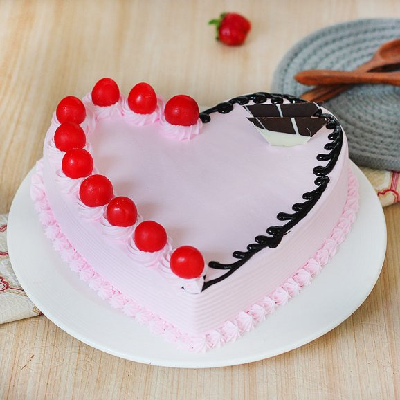 Special Heart Shape Strawberry Cake