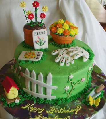 Coolest-Homemade-Garden-Theme-Birthday-Cakes