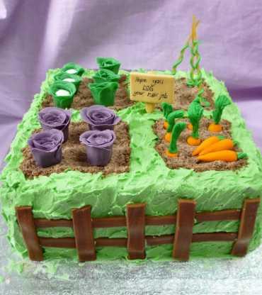 Farewell-gardening-allotment-cake