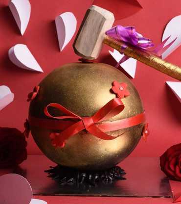 Golden-Globe---Hammer-Cake