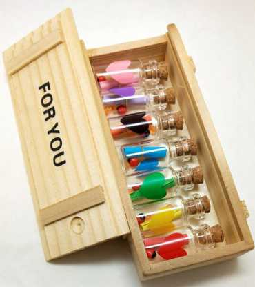 Wooden-box-with-small-msg-box-bottles