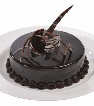 Chocolate Truffle Cake Eggless
