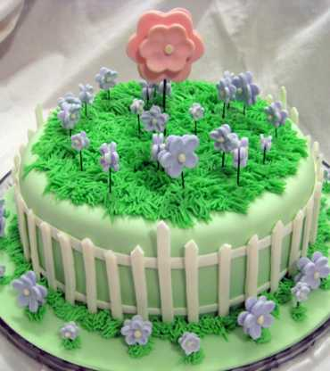 flower-garden-birthday-cake