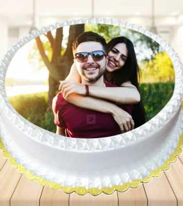 Vanilla Photo Cake