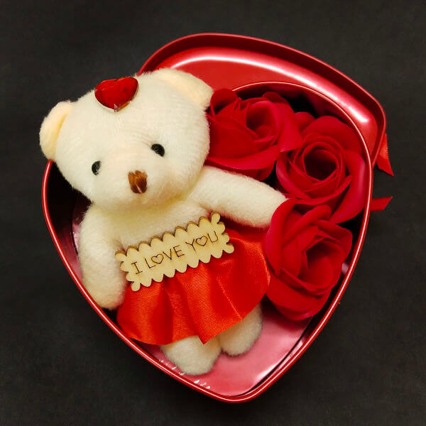 teddy-bear-with-paper-soap